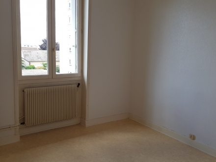 Location Appartement 2 pièces Reims (51100) - betheny